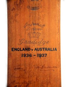 Signed Cricket Bat - 1936/7 England v Australia 1