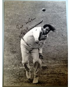 fred trueman signed press photo