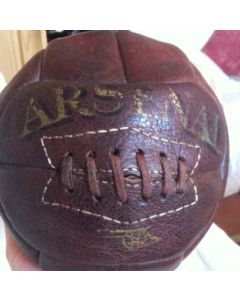 image of a very Old Arsenal Football